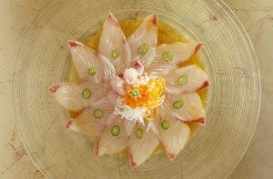 Ma Roland Barthes predilige la proposta culinaria orientale o occidentale? Sicuramente la cultura giapponese