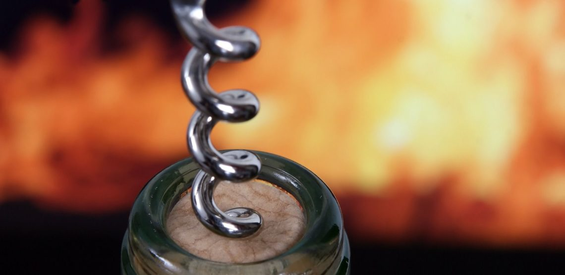 La storia del cavatappi. indispensabile per stappare una bottiglia