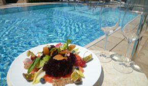 Mangiare pesce crudo a casa o al ristorante, senza eccedere, vuol dire aumentare l'apporto di proteine e vitamine