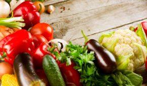 Attenti la cucina vegetariana, ora è glam. Non più una proposta di nicchia, ma una tendenza per tutti. E c'è chi dice che cambierà il mondo