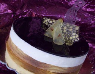 Croccante al cioccolato, pere caramellate al rosolio di arance e cereali con mousse al cioccolato profumato allo zenzero e crema soffice con ricotta di Giuseppe Giuliano
