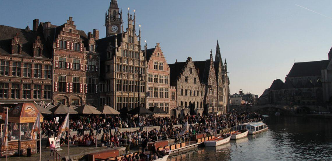 Gand, il paradiso veggie. Gand, cittadina universitaria delle Fiandre, la terza più popolosa del Belgio, vanta un record: la più alta concentrazione di ristoranti vegani