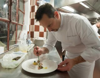 A tavola con l 39 arte a tu per tu con lo chef emanuele - A tavola con lo chef ...