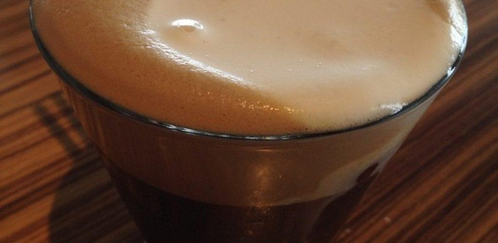 caffè freddo, una bibita per fronteggiare il caldo