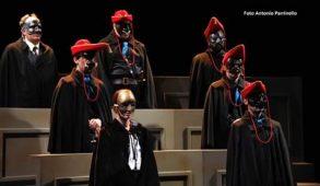 Al Teatro Menotti di Milano ll Giuramento