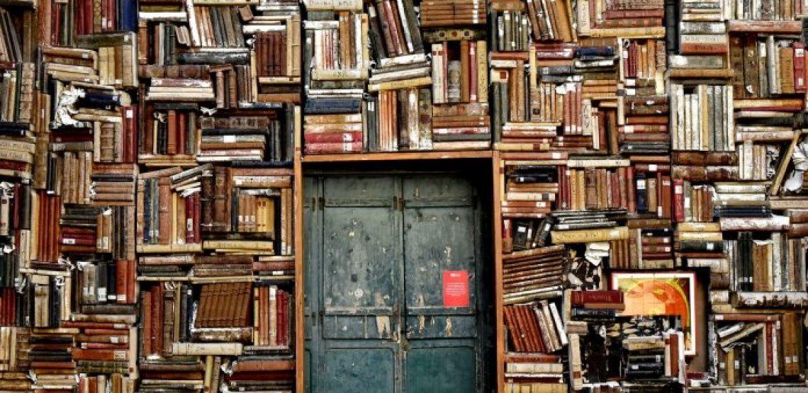 Alla ricerca di tracce d'umanità attraverso la riscoperta di libri dimenticati