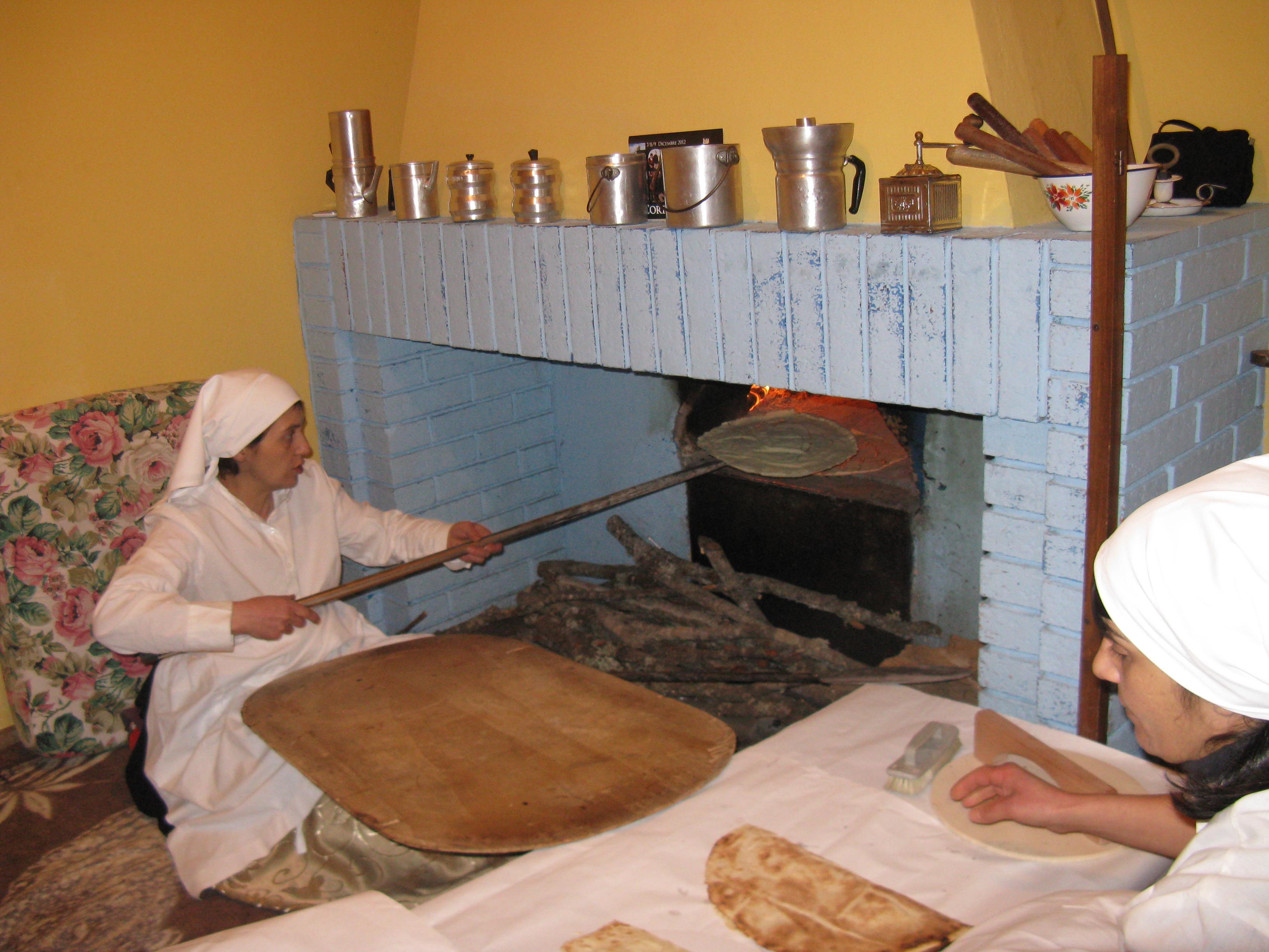 Sardegna diversa: pane carasau, simbolo della cultura gastronomica dell'isola