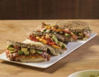 Ricette estive: sandwich californiano con taleggio DOP