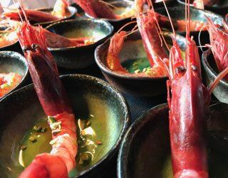 pescheria con cottura: gamberi rossi