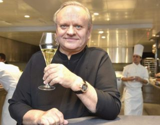 Muore lo chef Joel Robuchon