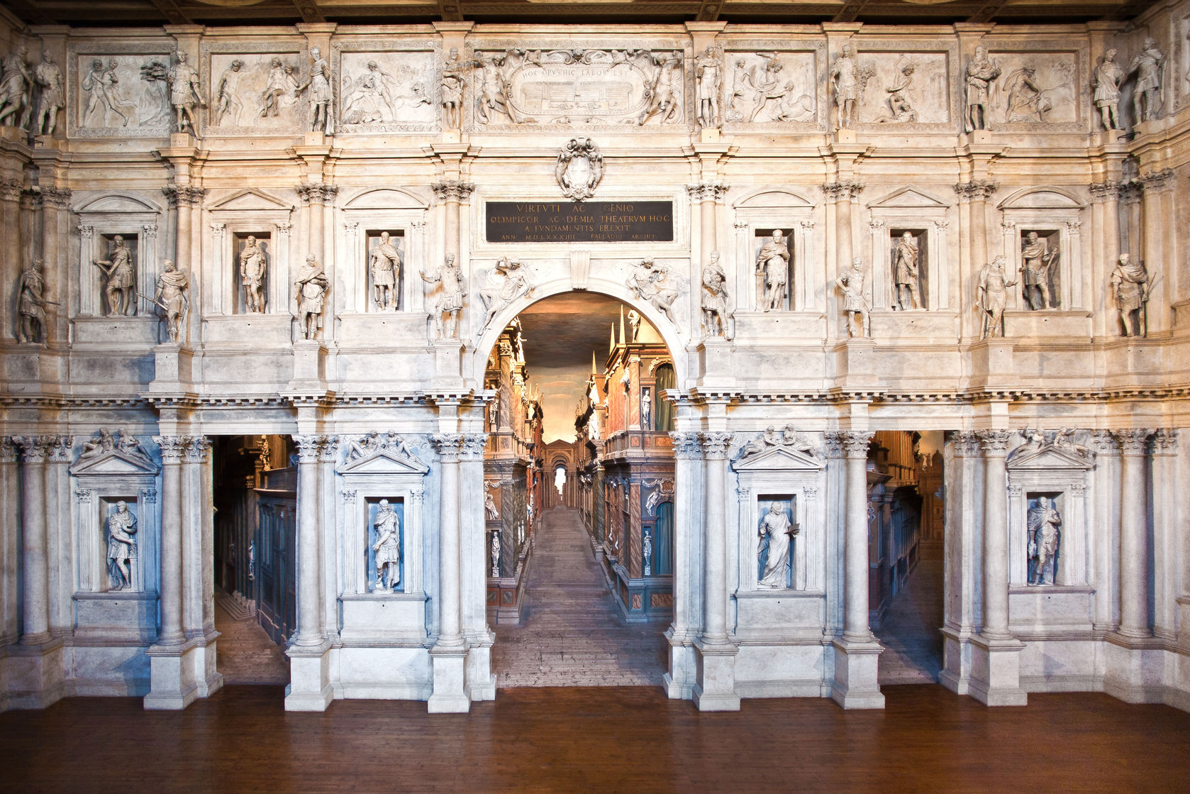 Teatro Olimpico a Vicenza. Scoprire il Veneto
