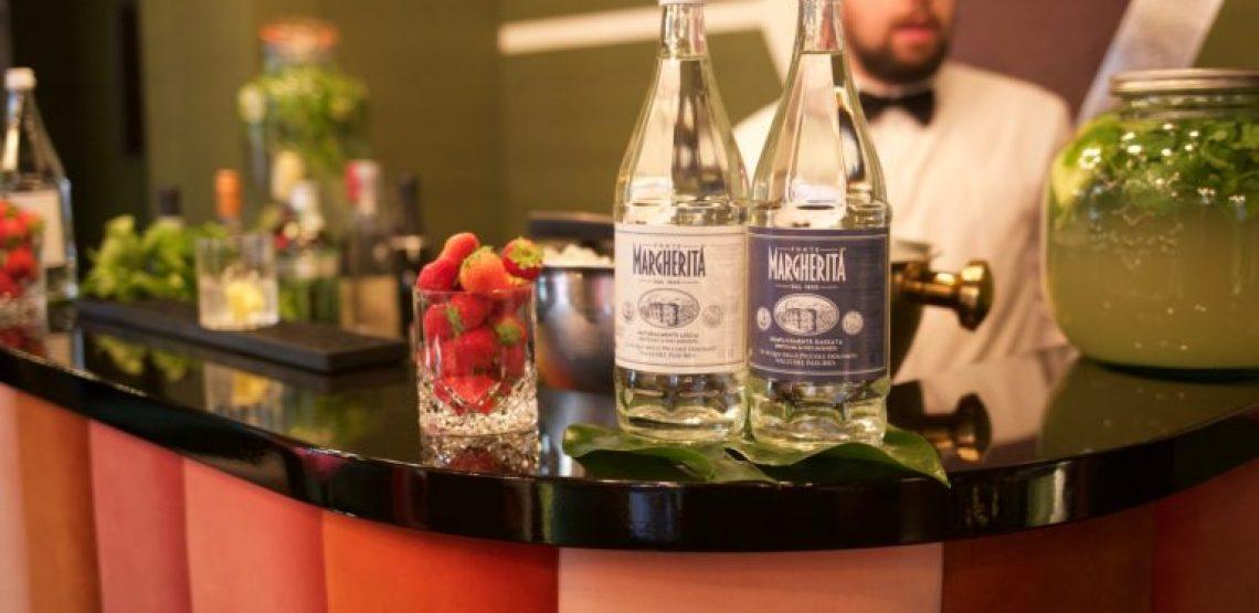 Fonte Margherita, la nuova sfida verso il mondo della ristorazione gourmet. Proporre la bottiglia dell'acqua minerale in vetro