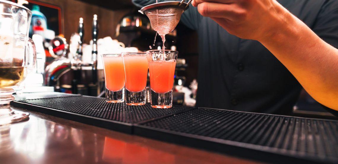 5 cocktail per Natale (con ricette) per un brindisi indimenticabile
