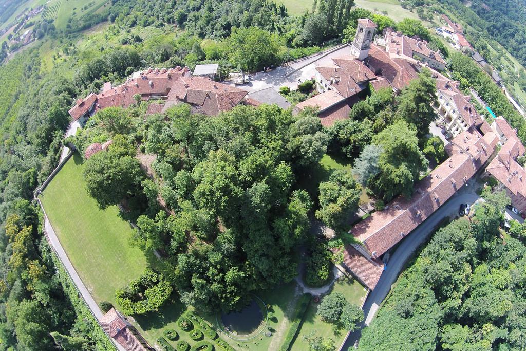 Castello di San Sebastiano da Po dall'alto