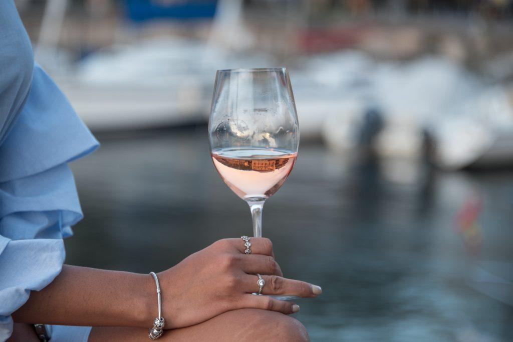 Chiaretto, uno dei vini del lago di Garda: rosé