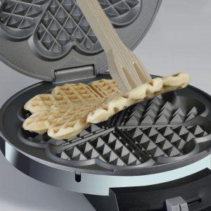 Piastra per preparare waffle a forma di cuore