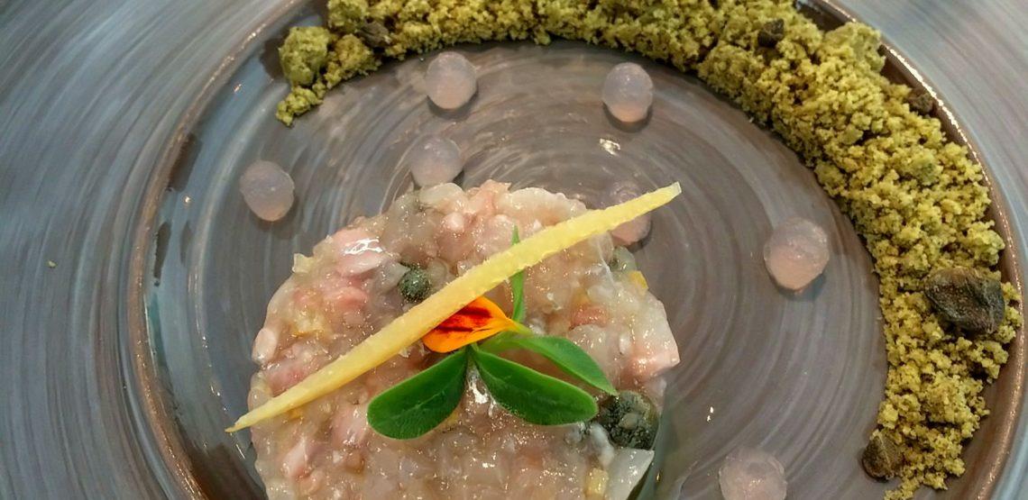 La cucina di lago di Qb Duepuntozero: menù che coniuga innovazione e tradizione. Ottimo il pesce di lago