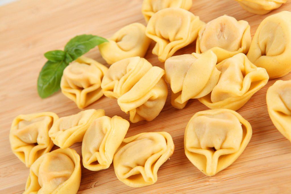 L'arte di fare la pasta fatta in casa: tortellini