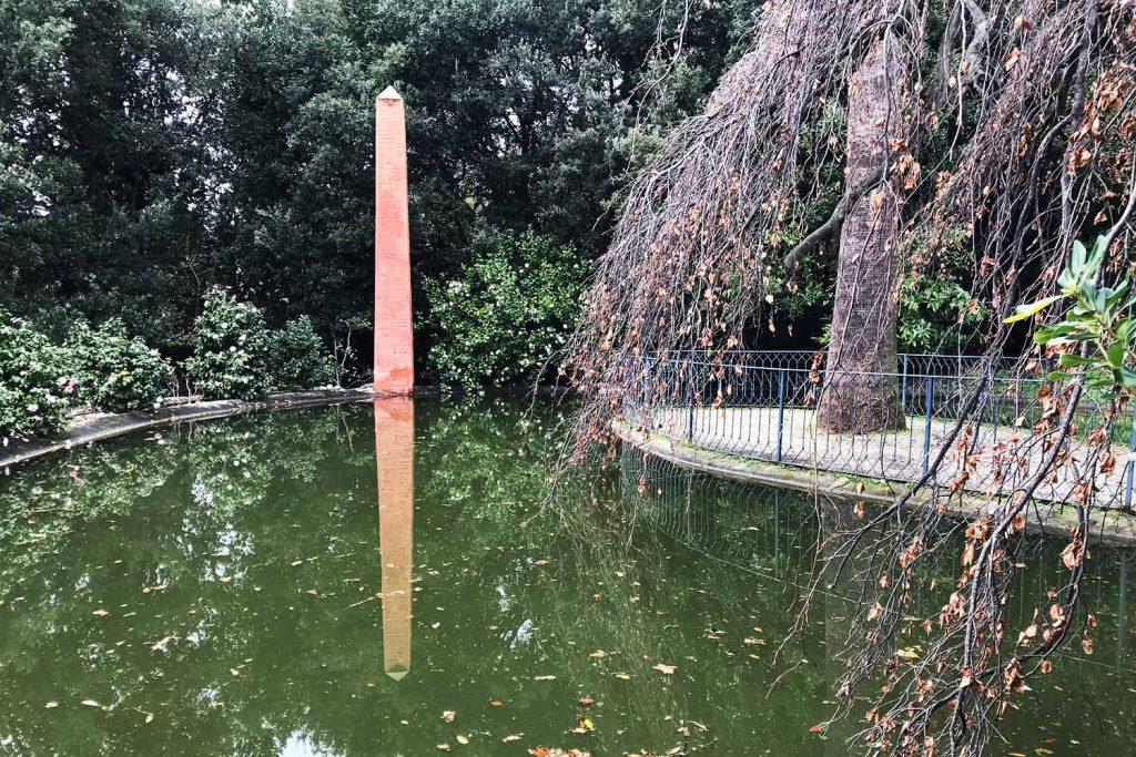 Famelici_Villa Durazzo Pallavicini_obelisco_laghetto_giardino_esoterico