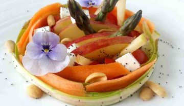 insalata -mele-asparagi - barbabietola