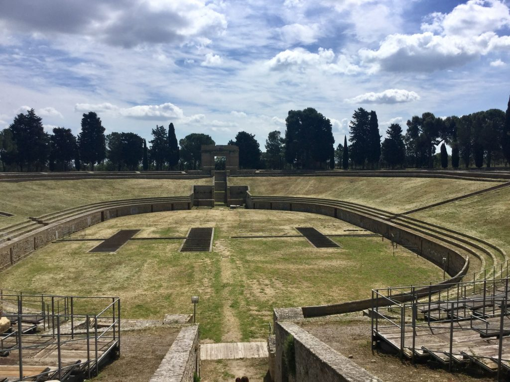 Lucera: anfiteatro romano