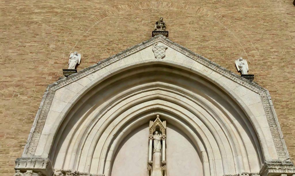 Lucera: facciata cattedrale