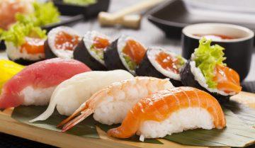 preparazioni a base di pesce: sushi