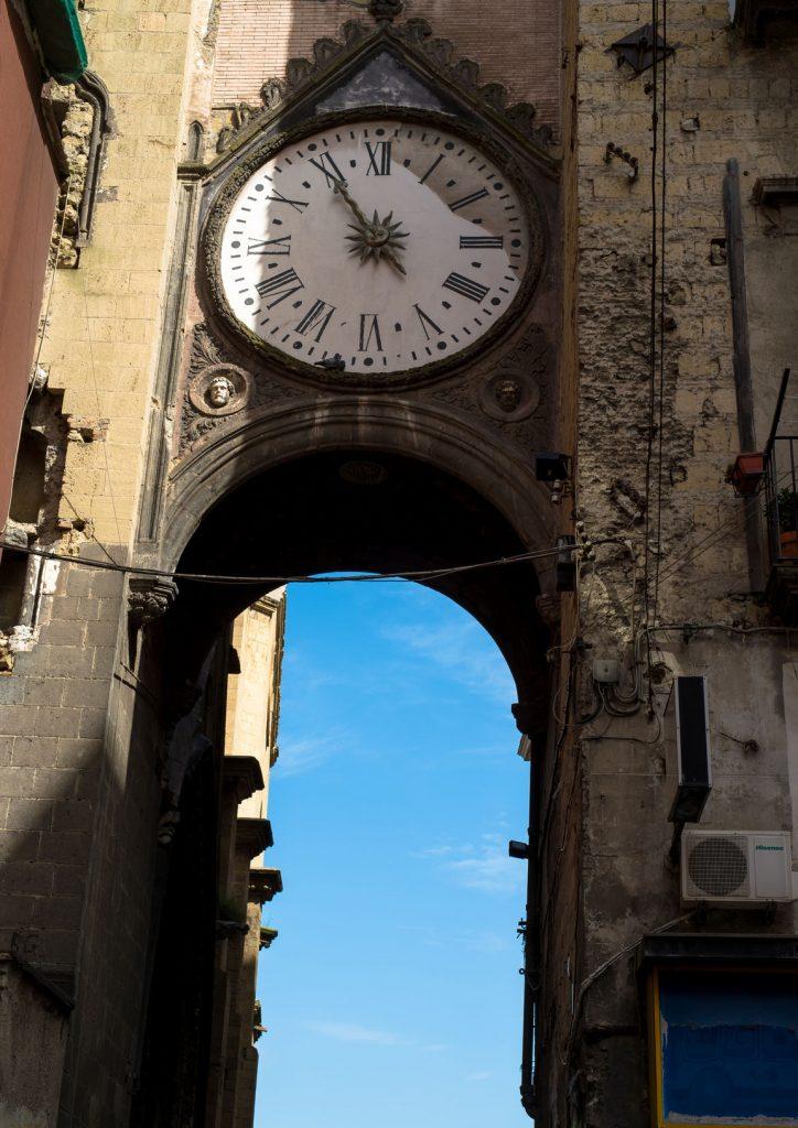 Viaggi per un settembre alla ricerca di cibo e cultura: napoli