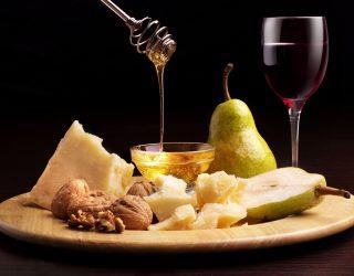 Come fare un tagliere di formaggi perfetto