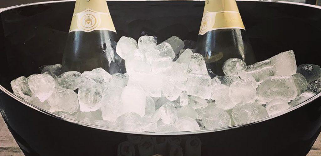 panettone e champagne e altri abbinamenti: Comte de Montaigne