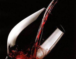 5 etichette di vino suggerite per un San Valentino seducente
