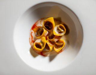 tortelli di radicchio, parmigiano e bitter: la ricetta di Antonio Ziantoni