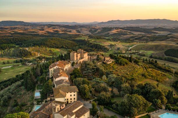 visioni di Toscana castelfalfi panorama