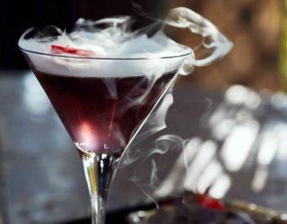 ricette dei liquori della tradizione: cabaione, alchermes, caffè, cacao, latte, arancia