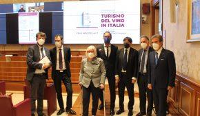 vino e turismo: la possibile ripartenza economica dell'Italia