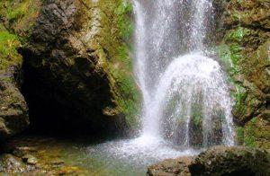 10 borghi belli cascata di cianà in liguria